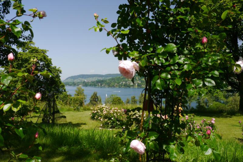 Garten-Rendezvous zwischen See und Vulkanen