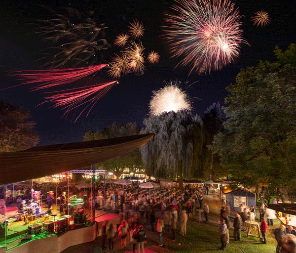 Großes Lichterfest im Kurpark Bad Krozingen
