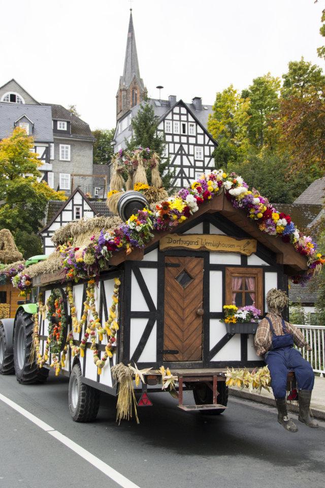 Wittgensteiner Brotmarkt mit Erntedankfest und Eröffnung des Naturpark-Infozentrums