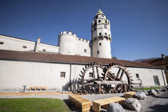 Historischer Wasserantrieb als neue Attraktion in Hall in Tirol