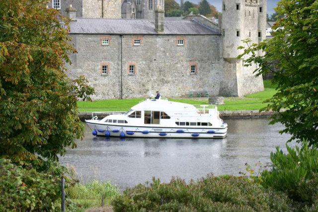 Das irische Lebensgefühl mit dem Hausboot entdecken