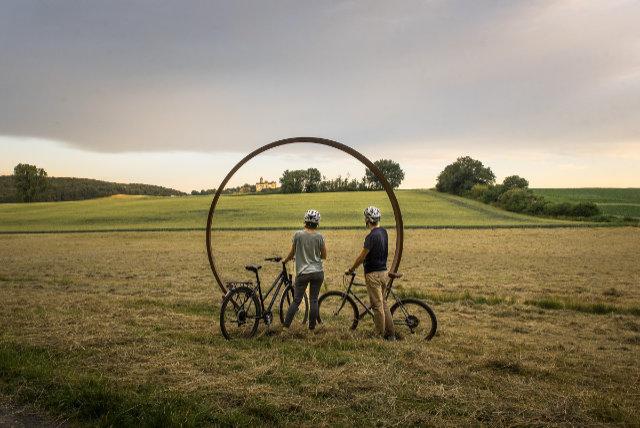 Mit dem Rad auf der Regionalparkroute Hohe Straße von Büdingen nach Frankfurt-Bergen