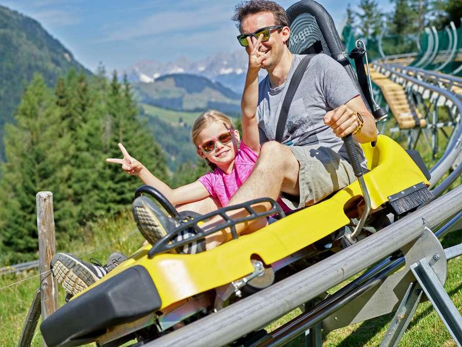 Bergerlebnisse mit Dinos und Coaster-Bahn in Tirol