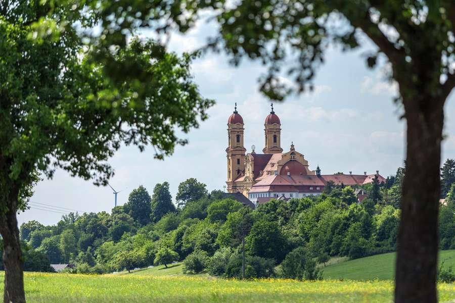 Wandern zwischen Kapellen und Seen in der Schwäbischen Ostalb