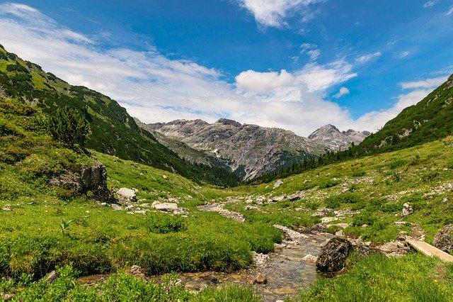 Österreich zu Fuss erleben - neue Wanderangebote 2021