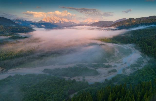 Entspannen am Wasser - Blau blinkt es in der Zugspitz Region