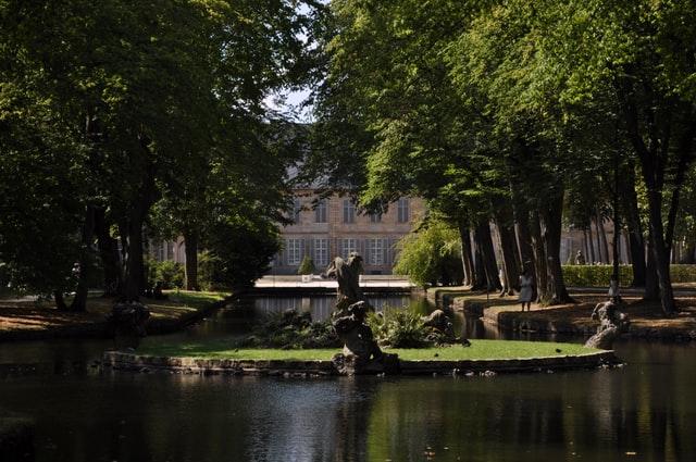 Bayreuth - El Dorado für Freunde von Oldtimern und Barockmusik